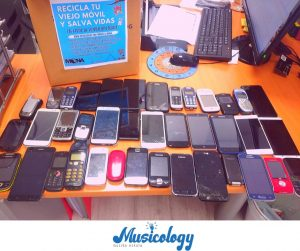 MOVILES musicology